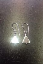 Boucles d'oreilles triangle volume