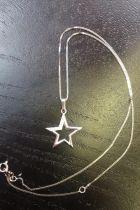 Pendentif étoile avec zircon