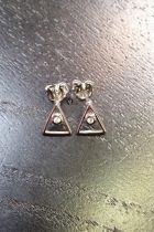 Boucles d'oreilles triangle creux détaillé brillant