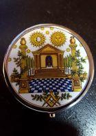 """Boite à pilule maçonnique avec """"temple"""""""
