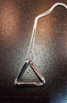 Pendentif en argent triangle de Moebius